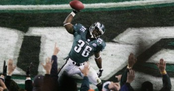 JACKSONVILLE, FLORIDA - FEBRUARY 06:  Running back Brian Westbrook #36 of the Philadelphia Eagles celebrates after catching a 10-yard touchdown pass against the New England Patriots during the third quarter of the Super Bowl XXXIX at Alltel Stadium on February 6, 2005 in Jacksonville, Florida.  (Photo by Al Bello/Getty Images)